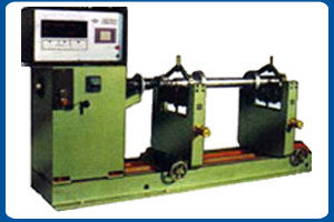 Dyanamic Balancing Machine Model - HDM